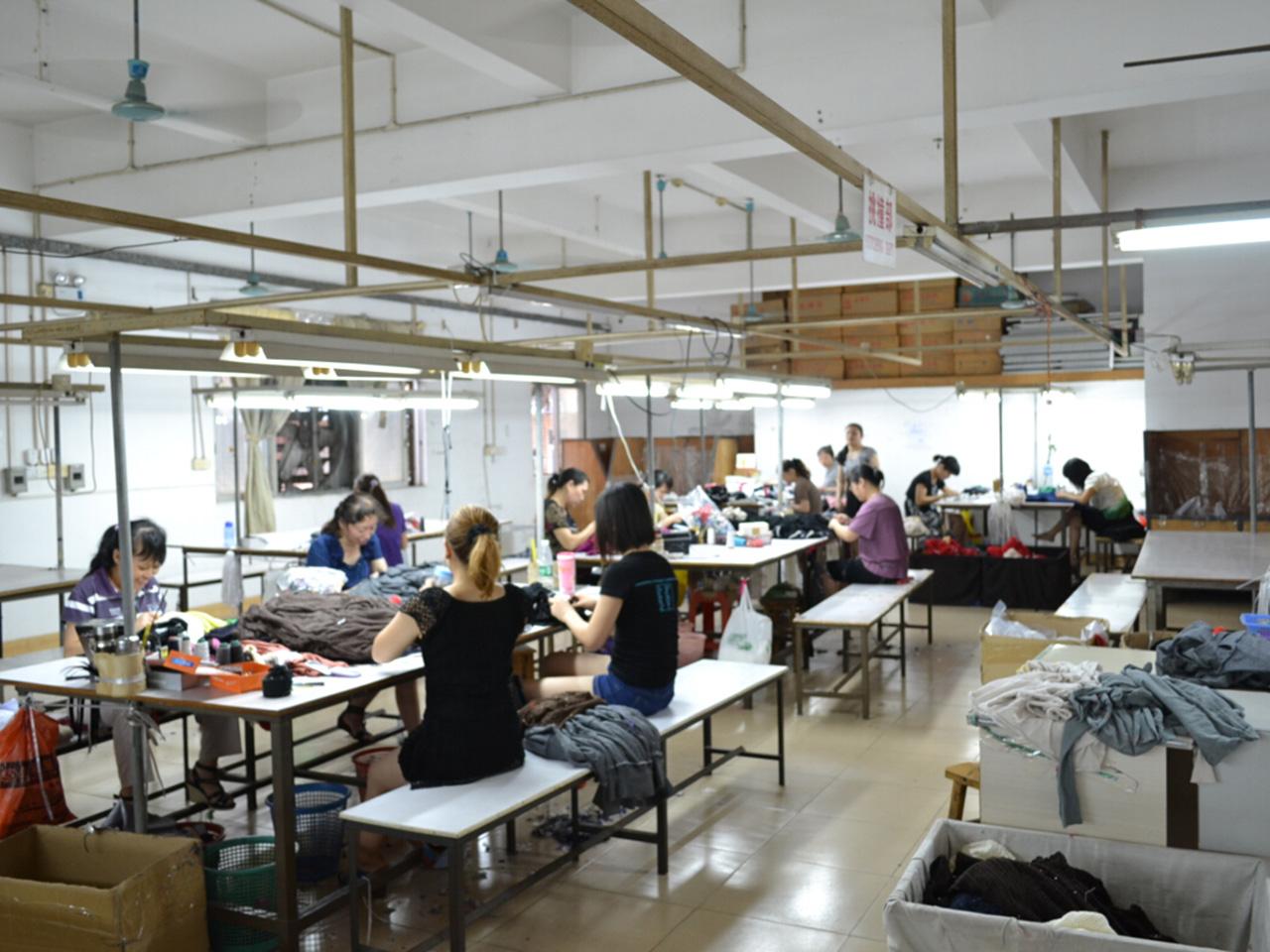 カシミヤセーター工場